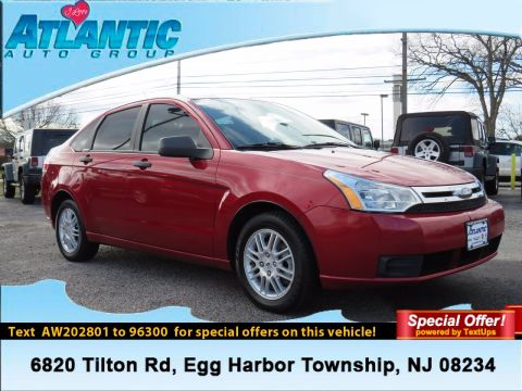 Pre-Owned 2010 Ford Focus SE FWD 4dr Car